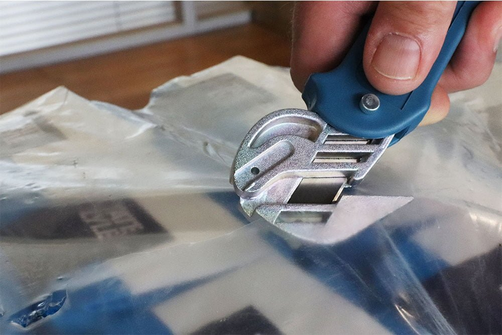 Moving Edge Safety Knife GR8 Pro Foodsafe  cutting Shrinkwrap